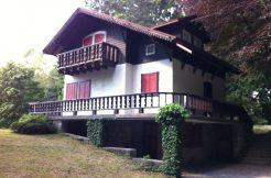 Splendida villa in Selvino con parco di mq. 5.000