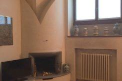 elegante appartamento in prestigiosa casa d'epoca alzano lombardo