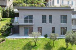 Splendida villa con vista sul Lago di Como