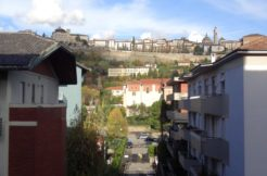 Elegante appartamento piano alto zona piscine Bergamo