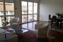 Bergamo centro affitto trilocale arredato