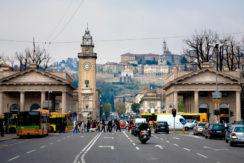 Signorile trilocale ristrutturato in Bergamo centro