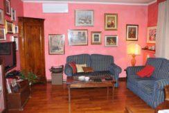 Villa di testa zona San Colombano