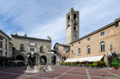 Prestigioso pentalocale con giardino Città Alta Bergamo