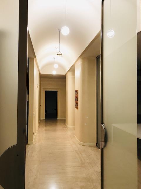 Bergamo prestigioso appartamento in immobile Liberty.