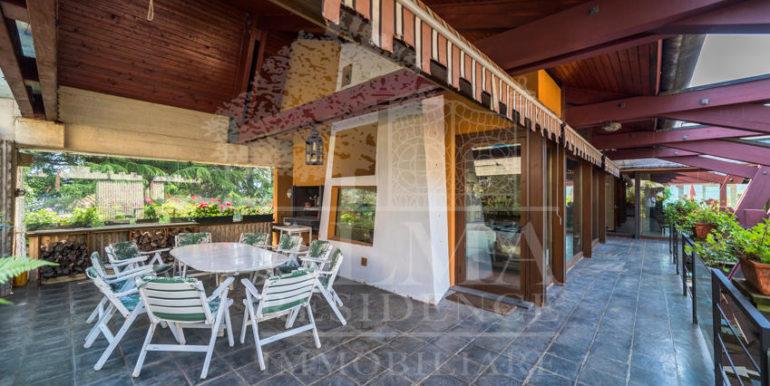 Splendida Villa Val Seriana4