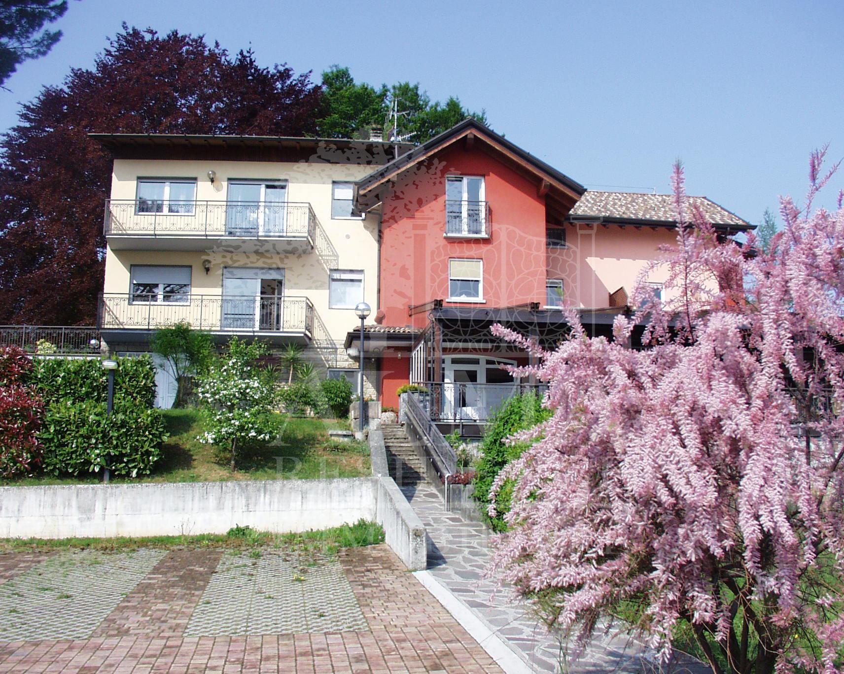Splendido albergo + villa nella prima Val Seriana
