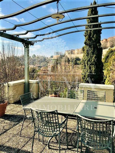 Prestigiosa Villa singola in Bergamo