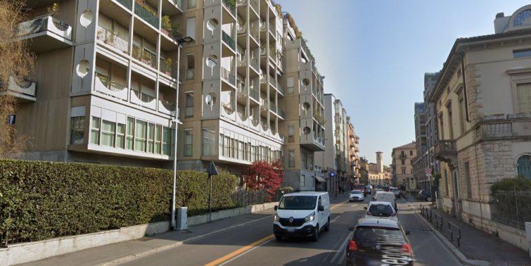 Bergamo,trilocale centrale con box