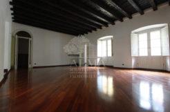 Bergamo-centro-Elegante-appartamento-con-terrazza