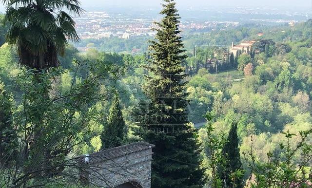 Colli di Bergamo - Splendida Villa con parco1