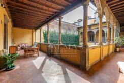 Bergamo - Quadrilocale ristrutturato in immobile d'epoca
