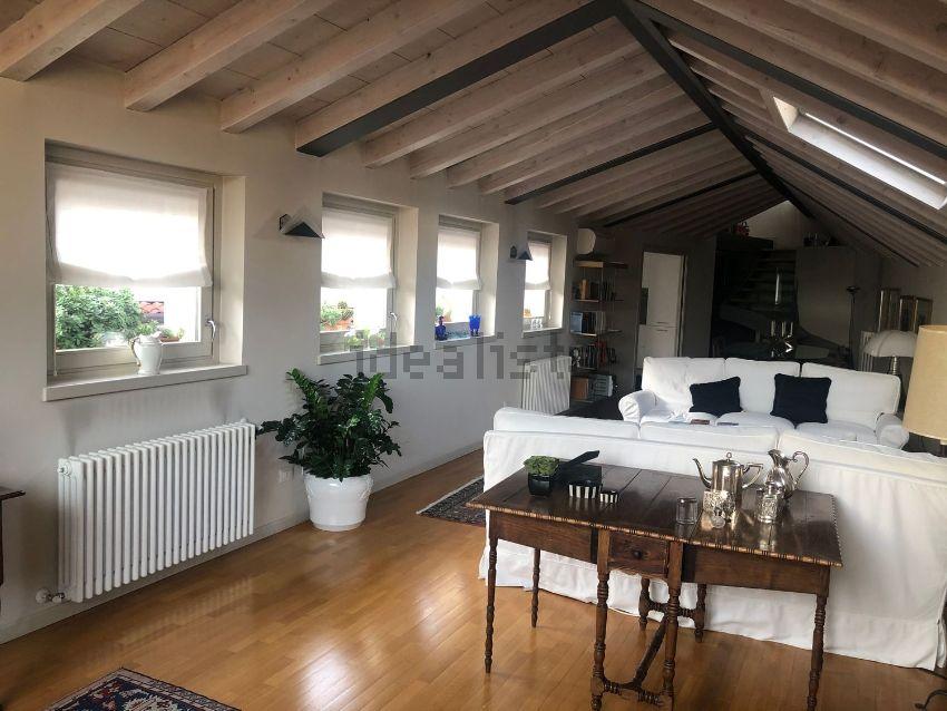 Bergamo centro – attico quadrilocale