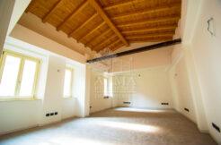 Bergamo-via-S.-Alessandro-ufficio-ristrutturato