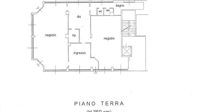 Bergamo Canovine - Negozio fronte strada con vetrine
