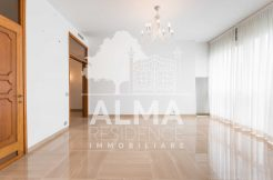 Signorile appartamento in Viale V. Emanuele