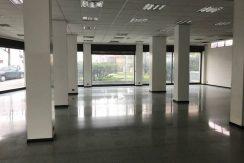 Bergamo zona Università negozio commerciale