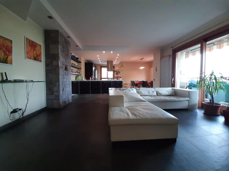 Bergamo – ampio quadrilocale di circa182mq