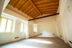 Bergamo via S. Alessandro - appartamento ristrutturato