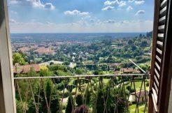 Bergamo - grande bilocale di 80 mq.